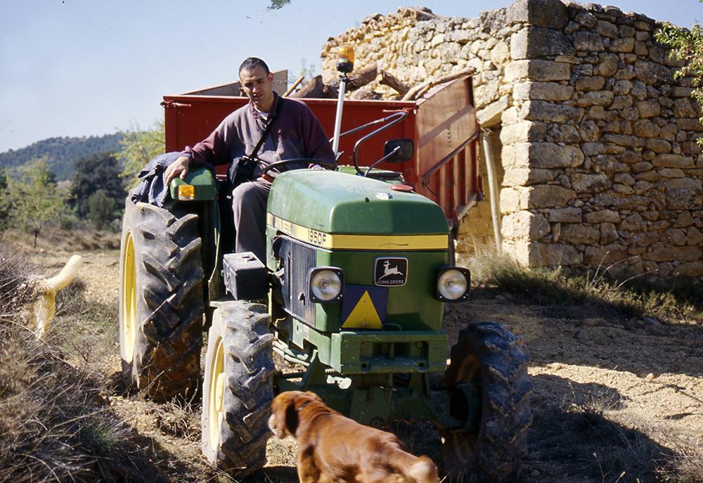 Carles al tractor